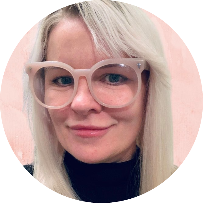Chrissy Alger Zing Project Headshot